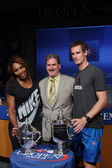 US Open 2012 champions Serena Williams and Andy Murray with USTA Chairman, CEO and President Dave Haggerty at the 2013 US Open Draw Ceremony — Stock Photo