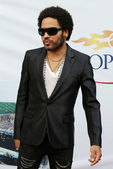 Four times Grammy Award winner Lenny Kravitz at the red carpet before US Open 2013 opening night ceremony — Stock Photo