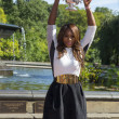 US Open 2013 champion Serena Williams posing with US Open trophy in Central Park — ストック写真