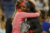 Finalist Victoria Azarenka congratulates winner Serena Williams after she lost final match at US Open 2013 — Stock Photo