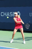 Professional tennis player Elina Svitolina from Ukraine during her first round match at US Open 2013 against Dominika Cibulkova — Stock Photo