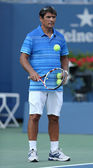 Tennis coach Toni Nadal during Rafael Nadal practice for US Open 2013 at Arthur Ashe Stadium — Stock Photo