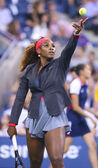 Sixteen times Grand Slam champion Serena Williams during her first round match at US Open 2013 — Stock Photo