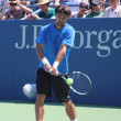Professional tennis player Fabio Fognini from Italy practices for US Open 2013 — Stock Photo