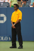 Unidentified security guard providing security at Billie Jean King National Tennis Center during US Open 2013 — Stock Photo
