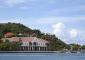 Fort Oscar and Hotel de Ville in Gustavia, St. Barts, French West Indies — Stock Photo