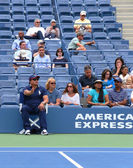 Line judge during first round match between Venus Williams and Kirsten Flipkens at US Open 2013 — Stock Photo