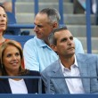 TV anchor Katie Couric during evening match at US Open 2013 — Foto Stock #36321787