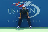 Line judge during first round match between Christina McHale and Julia Goerges at US Open 2013 — Stock Photo