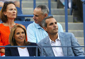 TV anchor Katie Couric during evening match at US Open 2013 — Stock Photo
