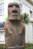 Moai statue in the front of Museo Fonck in Vina Del Mar, Chile — Stock Photo