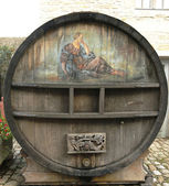 An old painted wine barrel in Chateau de Pommard in France — Stock Photo