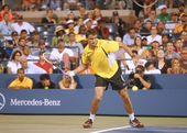 Professional tennis player Tommy Robredo during fourth round match at US Open 2013 against seventeen times Grand Slam champion Roger Federer at Billie Jean King National Tennis Center — Stock Photo