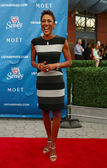 TV anchor Robin Roberts at the red carpet before US Open 2013 opening night ceremony at USTA Billie Jean King National Tennis Center — Stock Photo
