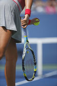 Two times Grand Slam champion Victoria Azarenka serving during quarterfinal match against Ana Ivanovich at US Open 2013 — 图库照片