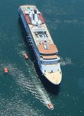 Holland America Cruise Ship Maasdam at Frenchman Bay in Bar Harbor, Maine — Stock Photo