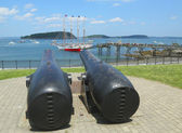 The Margaret Todd ship and 20-inch Rodman antique cannons in historic Bar Harbor — Stock Photo