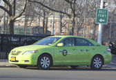 "New green-colored ""Boro taxi"" in Brooklyn — Photo"