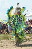 Dançarino nativo americano não identificado em nyc pow wow — Fotografia Stock