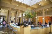 Tasting room at Darioush Winery in Napa Valley — Stock Photo
