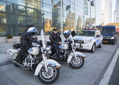 NYPD highway patrol officers on motorcycles providing security in Manhattan — Stock Photo