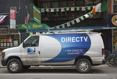 DirecTV van in Manhattan — Stock Photo