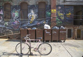Graffiti at East Williamsburg neighborhood in Brooklyn, New York — Stockfoto