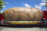 The World s Largest Potato on Wheels presented during The Famous Idaho Potato Tour — Stock Photo
