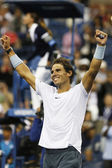 Twelve times Grand Slam champion Rafael Nadal celebrates victory after semifinal match at US Open 2013 — Stock fotografie