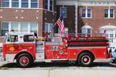Fire truck on display at the Antique Automobile Association of Brooklyn annual Spring Car Show — Stock Photo