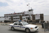 United States Park Police providing security at Statue Cruises terminal in Manhattan — Stock Photo