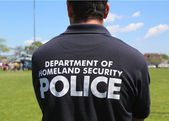 Department of homeland security police providing security during Fleet Week 2014 — Stock Photo