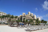 The Ritz-Carlton Grand Cayman luxury resort located on the Seven Miles Beach — Stock Photo