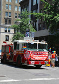 FDNY truck at LGBT Pride Parade in New York City — Stock Photo