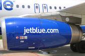 JetBlue Airbus A320 engine at Owen Roberts International Airport at Grand Cayman — Stock Photo
