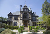 The historical Rhine House at Beringer Vineyards in Napa Valley — Stock Photo