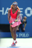 Sixteen times Grand Slam champion Serena Williams during second round match at US Open 2013 — Stockfoto