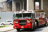 FDNY Tower Ladder 118 truck in Brooklyn — Stock Photo