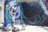 Street artist painting mural at Williamsburg in Brooklyn — Stock Photo