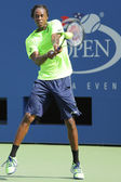 Professional tennis player Gael Monfis practices for US Open 2014 at Billie Jean King National Tennis Center — Stock fotografie