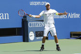 Two times Grand Slam Champion Lleyton Hewitt practices for US Open 2014 at Arthur Ashe Stadium — Stock fotografie