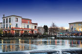L'Isle-sur-la-Sorgue, France — Stock Photo