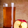 Organic apple juice — Stockfoto