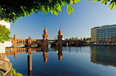 Oberbaum bridge berlin — Stock Photo