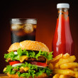 Hamburger, cola, french fries and ketzchup — Stock Photo #31516387