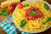 Tradycyjne spaghetti makarony — Zdjęcie stockowe