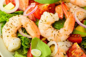 Seafood salad with shrimps — Stock Photo