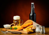 Fish and chips menu with beer — Zdjęcie stockowe