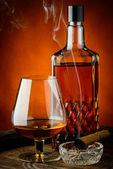 Brandy en sigaar — Stockfoto