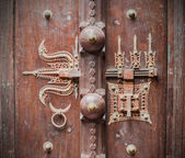 Traditional Indian ancient the lock on a door — Stock Photo